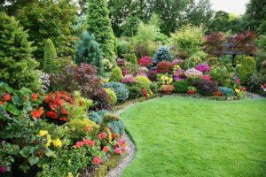 украсить сад
